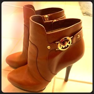 Michael Kors Brown Leather Bootie size 8